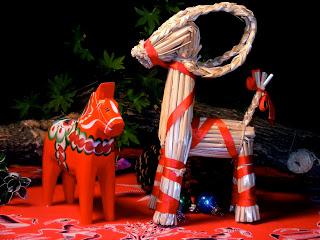 dala-horse-and-julbock-yule-goat