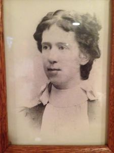 My great grandmother Bertha DeVoe (who I'm amused to note, my father looks exactly like).